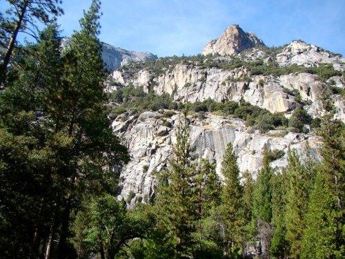 Kings Canyon cliffs