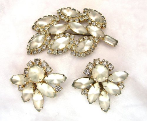 Vintage Leaf Brooch & Earrings Set White Frosted Rhinestones